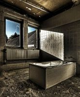 Bathtub of Dead by stengchen