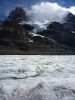 Athabasca Glacier 35 by raindroppe