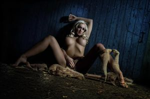 chilling scarecrow by creativephotoworks