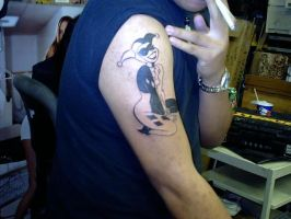 elo-has-a-harley-quinn-tattoo by kid-nothing