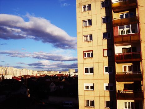 Cloudy 25 of December 4 by flyfi