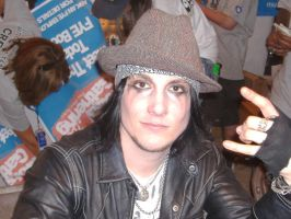 Synyster Gates by ninjapiratezombi