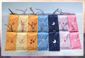 [For sale] Pony pouches! by Bendykins