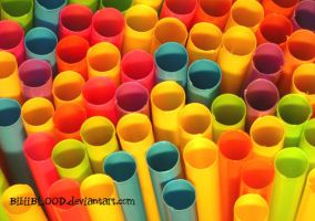 Colouring straws by BibiiBLOOD