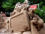 Kid's TV Sand Sculpture I by chicadi