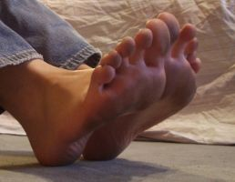 My Dirty Soles by KarinaDreamer