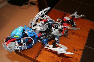 Bionicle MOC: Shark by Rahiden