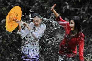 Splashing Fun - 48 by SAMLIM