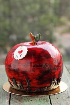 The Big Apple by kupenska