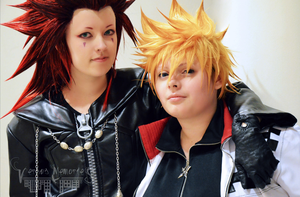 Axel and Roxas - Chillin' by VersusMemories
