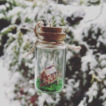 Gingerbread house in a bottle  by Blindfaith-boo
