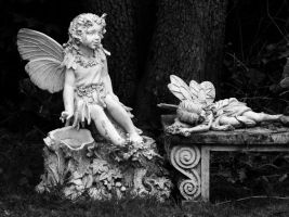 Angels in the Garden by davincipoppalag