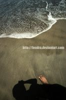 foot, shdow and beach by fendra