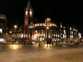 Liverpool at night by lukataylo