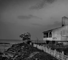 lonely house BW by MaithaNeyadi