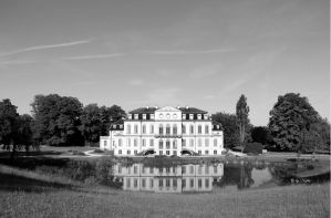 Manor of Wilhelmsthal by Niophee