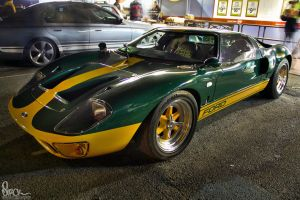 Ford GT40 by small-sk8er