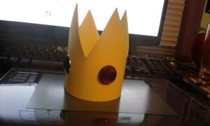 Princess Peach Crown by vegasama