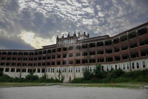 Waverly Hills Sanatorium by HodkinsonPhotos