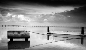 Sky In The Water by q3aki