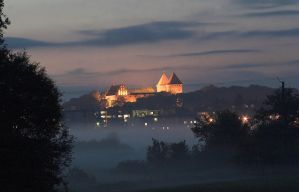 nidzica castle at night by 77photons