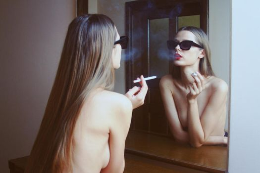 Iulia in the mirror by iNeedChemicalX