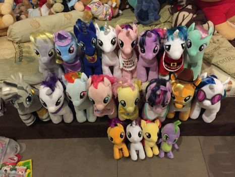 My little pony collection (12/2/2017) by angelicoreXX