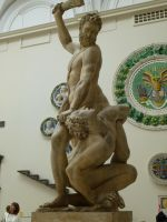V and A statues Herculse by photodash