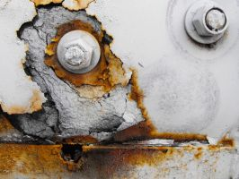 Rusted Bolt by fuamnach