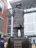 Vince Lombardi Statue by GS-Photo
