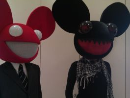 mr and misses mau5 by Ucosplay
