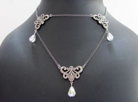 White Faery necklace by yinco