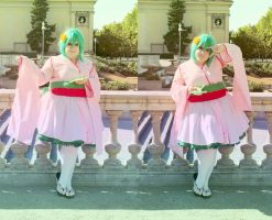 Macross Frontier - Kira! by CherryMemories