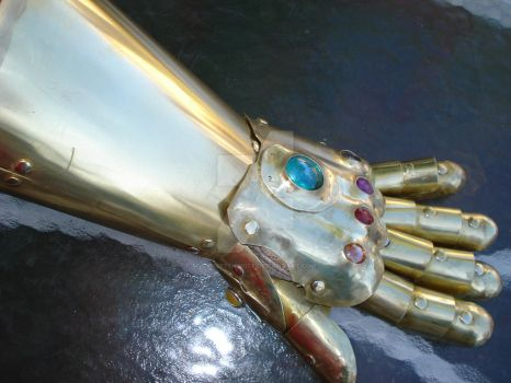 The Infinity Gauntlet by tungstenwolf