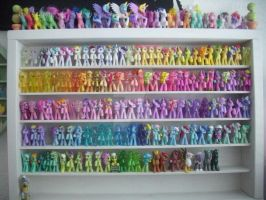 My little Pony G4 Blind Bag Shelf *update again* by BerryMouse