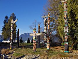 Totem Poles by CliffClavin