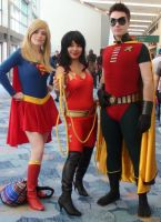 Supergirl, Wonder Girl, Robin at WonderCon 2013 by trivto