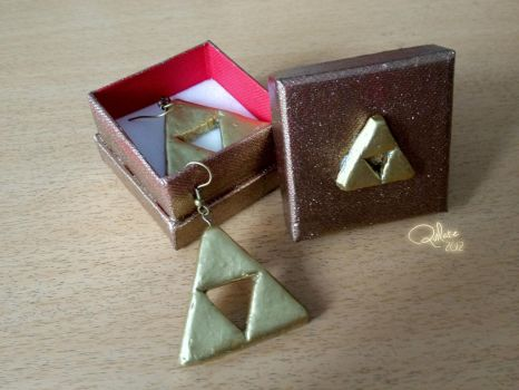 Triforce Earrings by Quilate