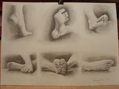 Feet by Carboncillapando