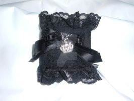 Gothic lolita cuff black by KasumiDark