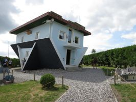 Upside down house 1 by mrscats