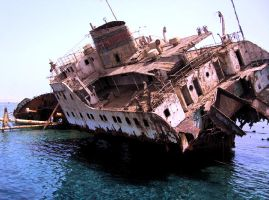 Ship Wreck by Ralphie-6