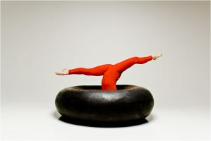 Donut straddle... by MichaelPe