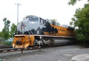 Union Pacific #1989 in Portland, OR 2010 by Pb1kenobi