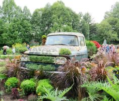 Mosaic Living Sculpture - 1960 Dodge Fargo by Kitteh-Pawz