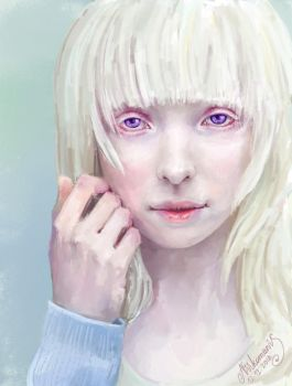 [Photostudy] Albino-girl staring at you by Nikomanis