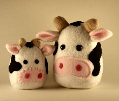 Mini Cow Plushie by Saint-Angel