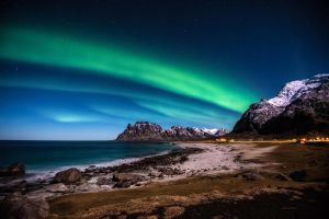 Northern Light above Utakleiv Lofoten Islands by steinliland