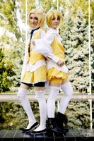 Kagamine twins ~ 2 by timii95