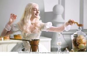 The White Queen - Taste this by AliceInWonderland
